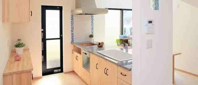 空き巣対策を一戸建てでするなら玄関より勝手口が重要な理由とは?